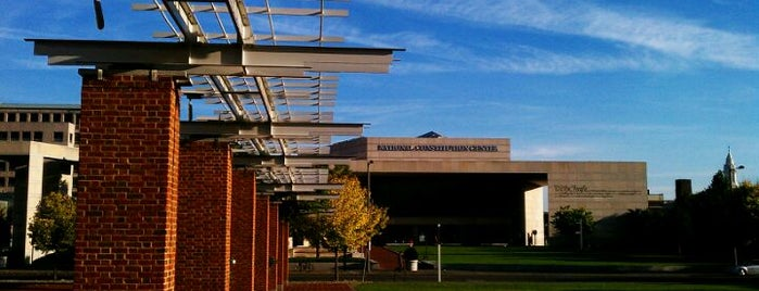 National Constitution Center is one of GEEKADELPHIA: geekiest places in Philly! #visitUS.