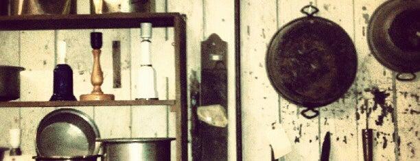 Antique Liquidators is one of สถานที่ที่ Celeste ถูกใจ.
