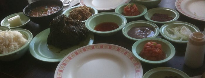 Ono Hawaiian Foods is one of Honolulu: The Big Pineapple #4sqCities.