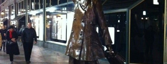 Mary Tyler Moore Statue is one of Around town.