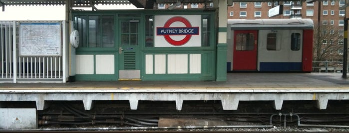 Putney Bridge London Underground Station is one of Underground Stations in London.
