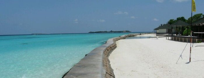 Adaaran Select Meedhupparu Island Resort is one of Maldives - The Sunny Side of Life.