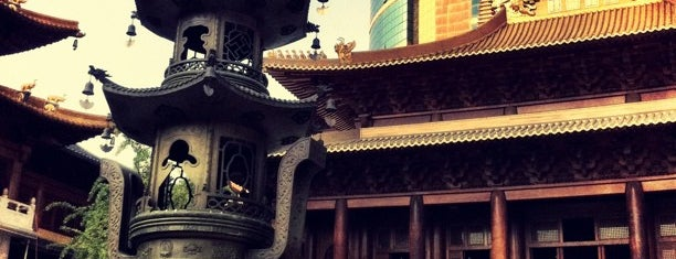 Jing'an Temple is one of Touring Shanghai.