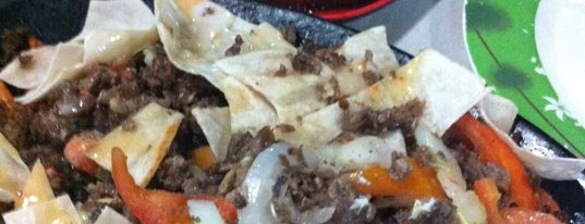 Tri Mo Shawarma Co is one of Food Trip!.