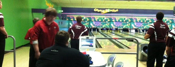 West Acres Bowl is one of Faith's Liked Places.