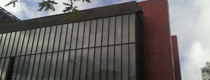 Museu de Arte de São Paulo (MASP) is one of Dicas Caraigá.
