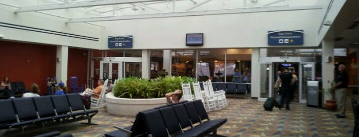 Gainesville Regional Airport (GNV) is one of Airports been to.