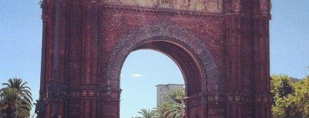 Triumphbogen is one of Barcelona.