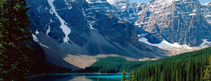Banff National Park is one of World Heritage Sites List.