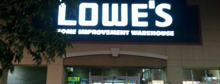Lowe's is one of Tempat yang Disukai JL Johnson.