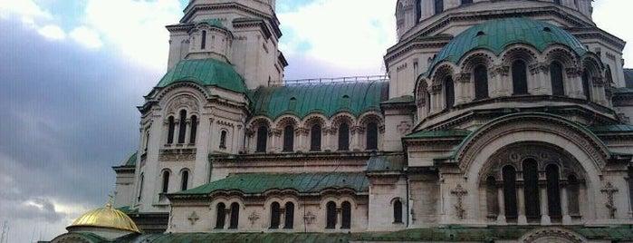 Храм-паметник Св. Александър Невски is one of Sofia.