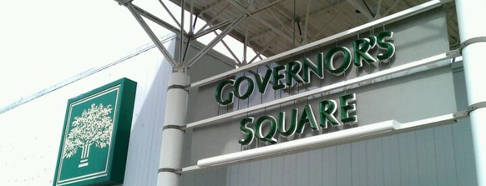 Governor's Square Mall is one of Orte, die Camille gefallen.