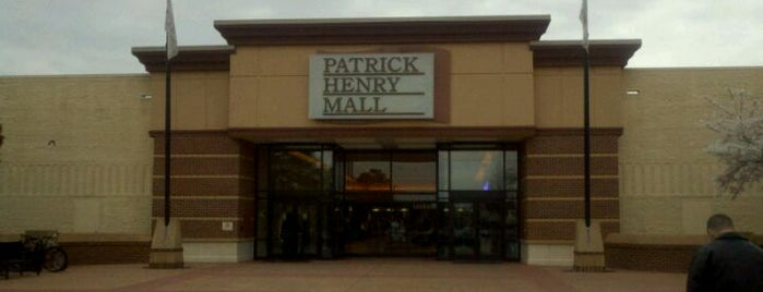 Patrick Henry Mall is one of Tempat yang Disukai Shawn Ryan.