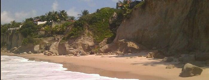 Praia de Carapibus is one of Orte, die Cleube gefallen.