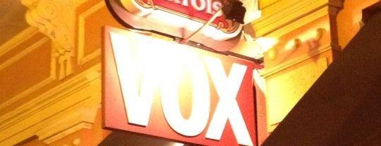 Vox Bar is one of Locais curtidos por Elis.