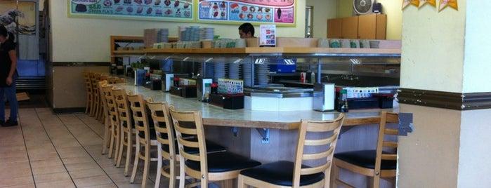 KuruKuru Sushi is one of สถานที่ที่ Jenn ถูกใจ.
