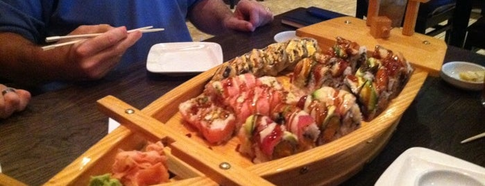 Samurai Sushi and Hibachi is one of Evan[Bu] Des Moines Hot Spots!.