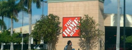 The Home Depot is one of Lieux qui ont plu à Mauricio.