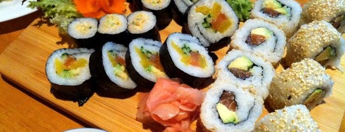 Sushi Tam Da is one of Vinohrady - kde jíst a pít.