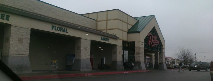 Dillons is one of Jazzy's Liked Places.