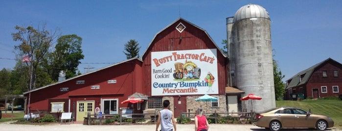 Rusty Tractor - Door County - Breakfast Barn is one of The King Of Chlorine 님이 좋아한 장소.