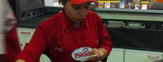 Mr. Pretzels is one of Restaurantes, Bares e Coffee Shops favoritos.