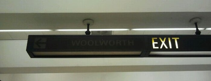 Woolworth Sign is one of Neon/Signs N. California 2.