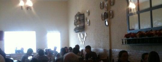 Cantina Roperto is one of Restaurantes, Bares e Coffee Shops favoritos.