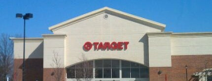 Target is one of Lugares favoritos de Justine.