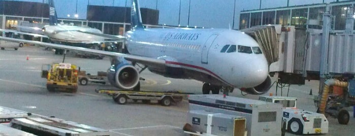 US Airways is one of Airport Transfers to O'Hare and Midway.