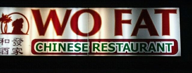 Wo Fat Chinese Restaurant is one of Locais salvos de Angie.