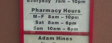 CVS pharmacy is one of Lieux qui ont plu à JB.