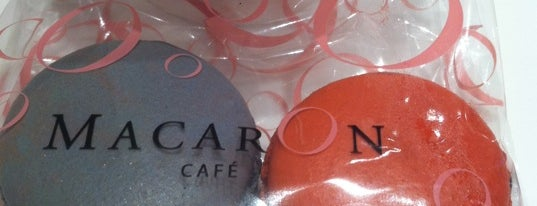 MacarOn Café is one of Interesting....