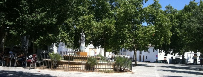 Plaza de San Francisco is one of Joud's Liked Places.