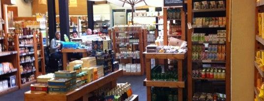 Woki Organic Market - Gracia is one of El barri de Gràcia.