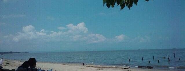 Playa Muerta is one of Playas en Lecheria - Puerto La Cruz.