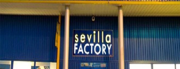 Sevilla Factory Dos Hermanas is one of Lugares favoritos de Shigeo.