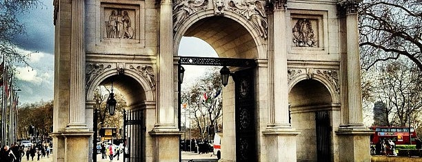 Marble Arch is one of London.