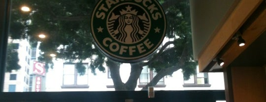 Starbucks is one of Posti che sono piaciuti a John.