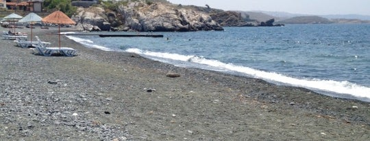 Güneşlikent Plajı is one of Locais curtidos por İlker.