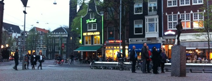 Spui is one of Amsterdam.