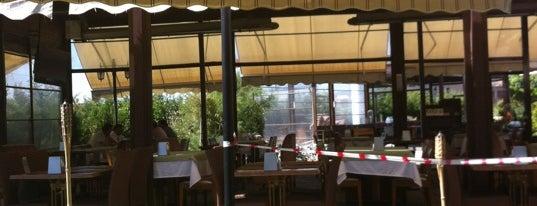 Bahçe Restaurant is one of Lugares favoritos de Mahide.