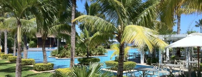 Sugar Beach Mauritius Hotel Resort & Spa is one of Lieux qui ont plu à Serpil.