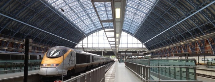 London St Pancras Eurostar Terminal is one of Locais curtidos por David.