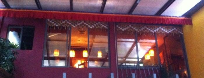 Os Tibetanos is one of Lisboa ... restaurantes.