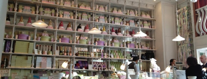 Ladurée is one of London shopping..