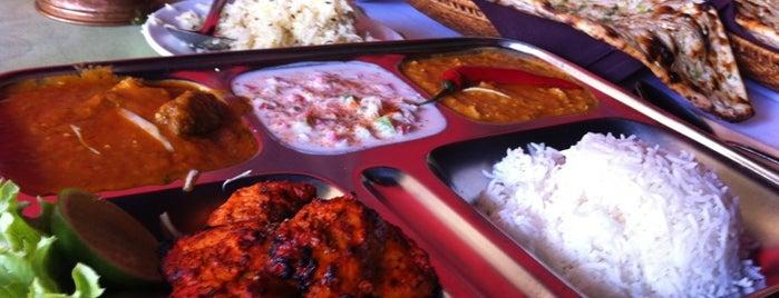 Ganesh Indian Restaurant is one of Lugares favoritos de Лина.