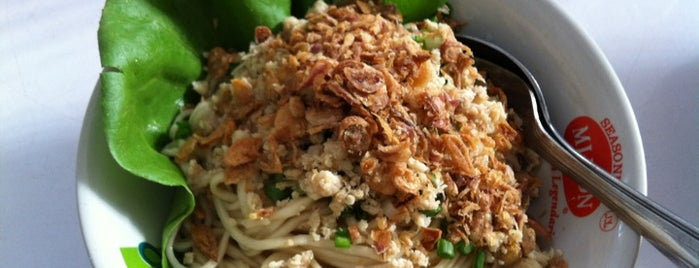 Mie Kedondong is one of SBY Culinary Spot!.