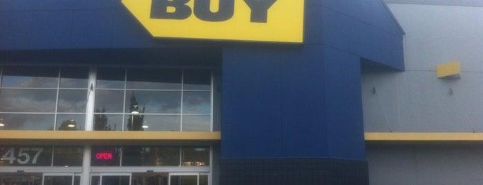 Best Buy is one of Lieux qui ont plu à Patty.