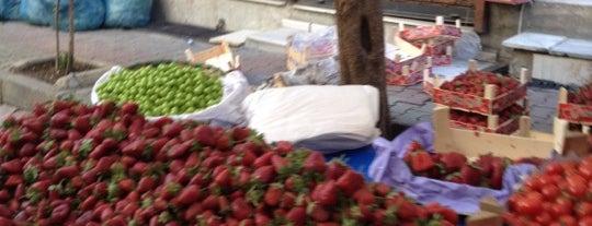 Cuma Pazarı is one of Locais curtidos por Elif.